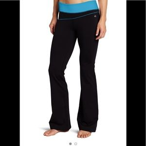 Alo color block fitted waist pant. Size Medium